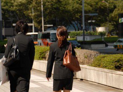 留学生の卒業後の就職活動について
